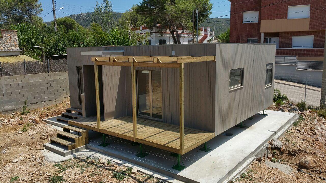 Casa de madera prefabricada blu 55 en barcelona for Casas baratas en barcelona