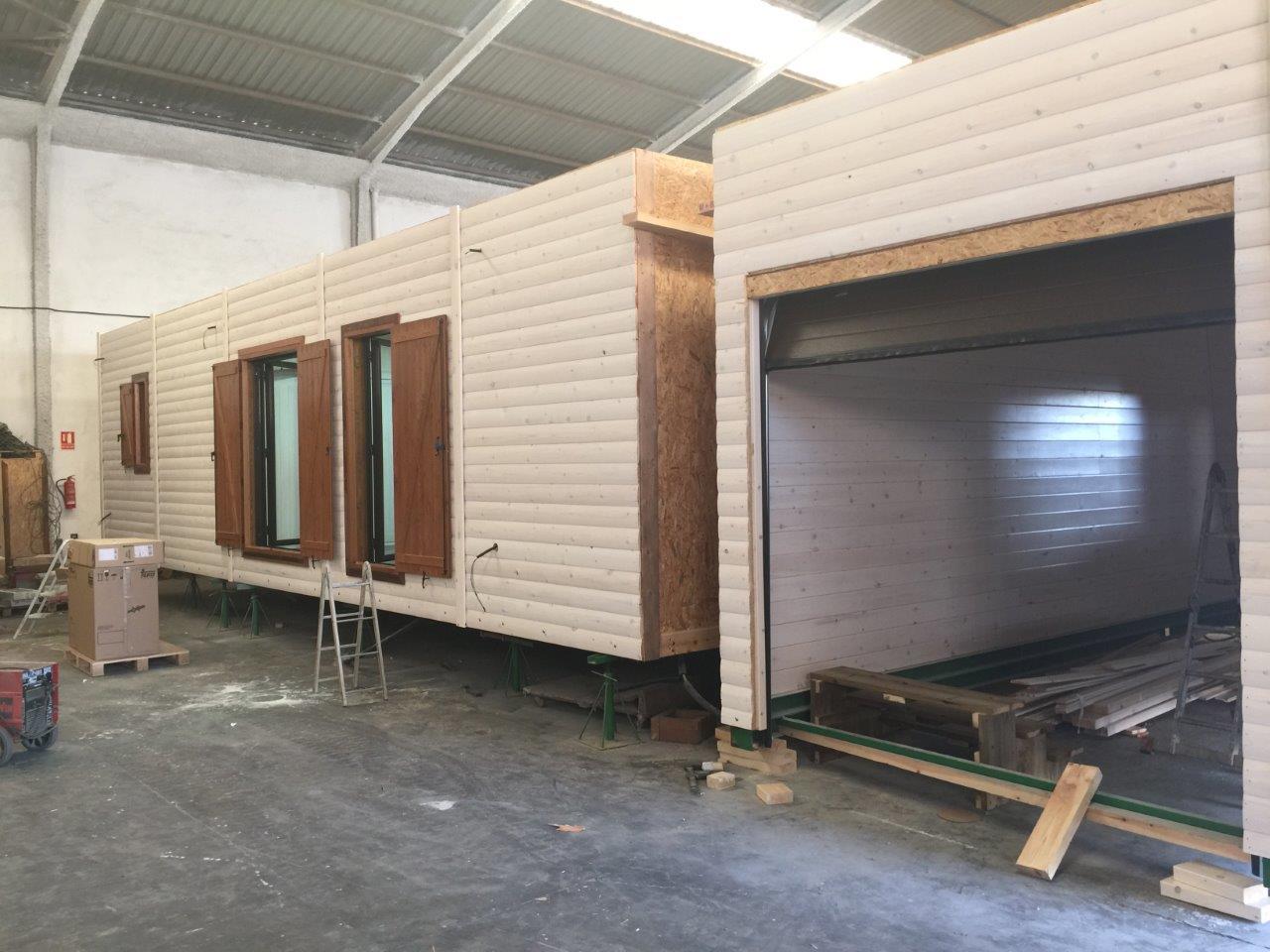 Construyendo casas de madera en nuestra fábrica