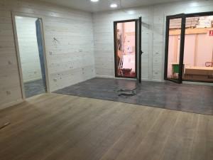 interior casa de madera en fabrica